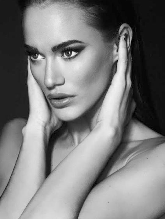 Jelena | Model Agency | İce Modelmgmt